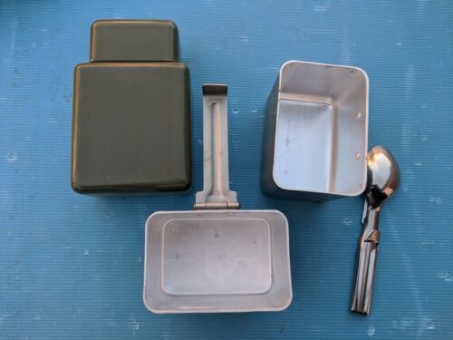 Yugoslavia Serbia JNA Military Aluminum Canteen Mess Kit with Cutlery