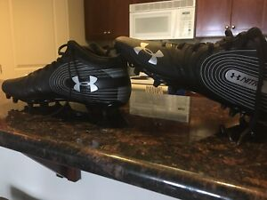 Football Cleats, Under Armour, size 12