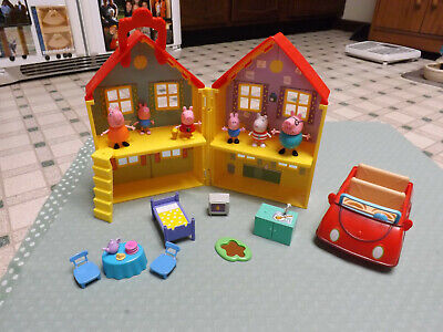 Peppa Pig House and Little red Car, Figures and Accessories