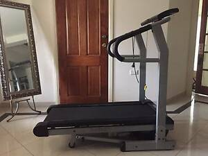 Infiniti Treadmill GREAT CONDITION Kellyville The Hills District Preview