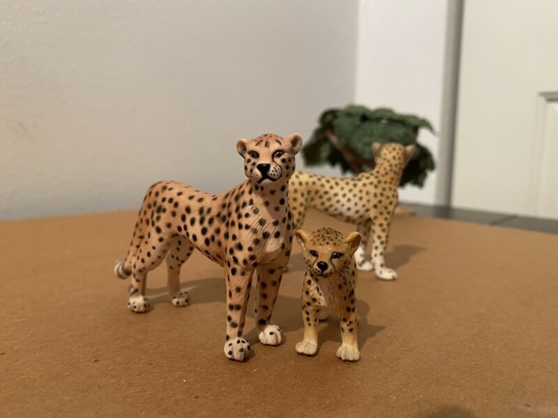 Schleich Cheetah Set