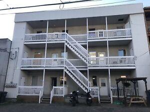 Immeuble à Revenus à Vendre. 6 logements. 165000$
