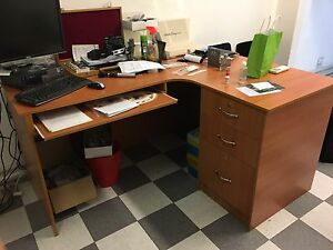 L shaped desk very good condition Greenacre Bankstown Area Preview