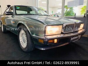 Jaguar XJ40 4.0L  Sovereign*LIEBHABER*TOP-ZUSTAND*HUNEU