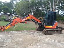 B.M.A. spec Hitachi 5t excavator Ningi Caboolture Area Preview