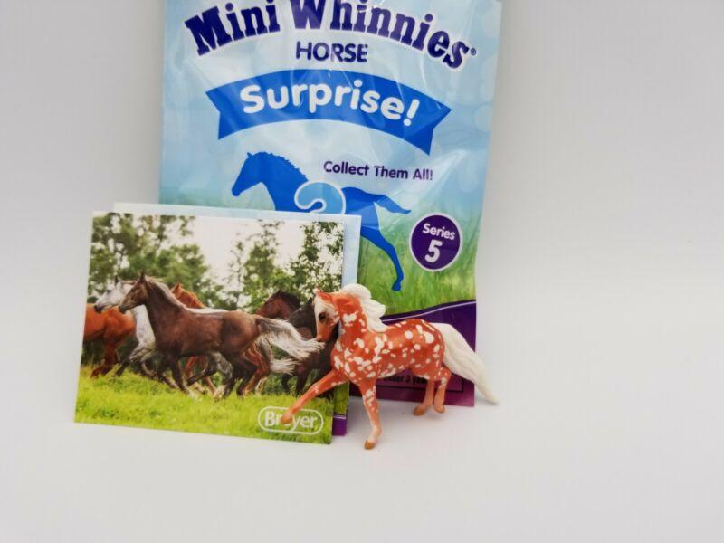 BREYER Mini Whinnies Walmart Series 5 Surprise #97260 Reed Chase Piece