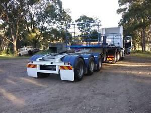 Truck Flat top Tri axle A Trailer