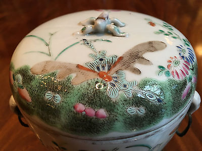 An Excellent Chinese 19th C Famille Rose Porcelain Covered bowl, Marked.