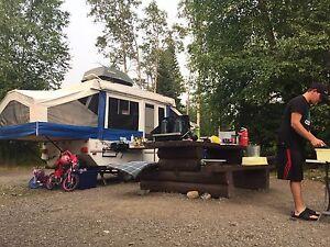 Excellent condition tent trailer