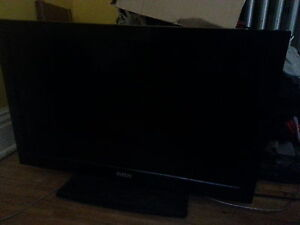Flat Screen RCA TV for sale!