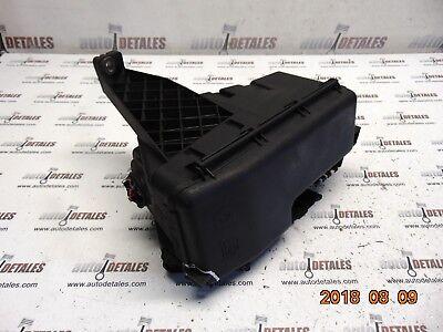 VOLVO XC90 Engine  2.4 diesel Fuse Box 30728133 used 2007
