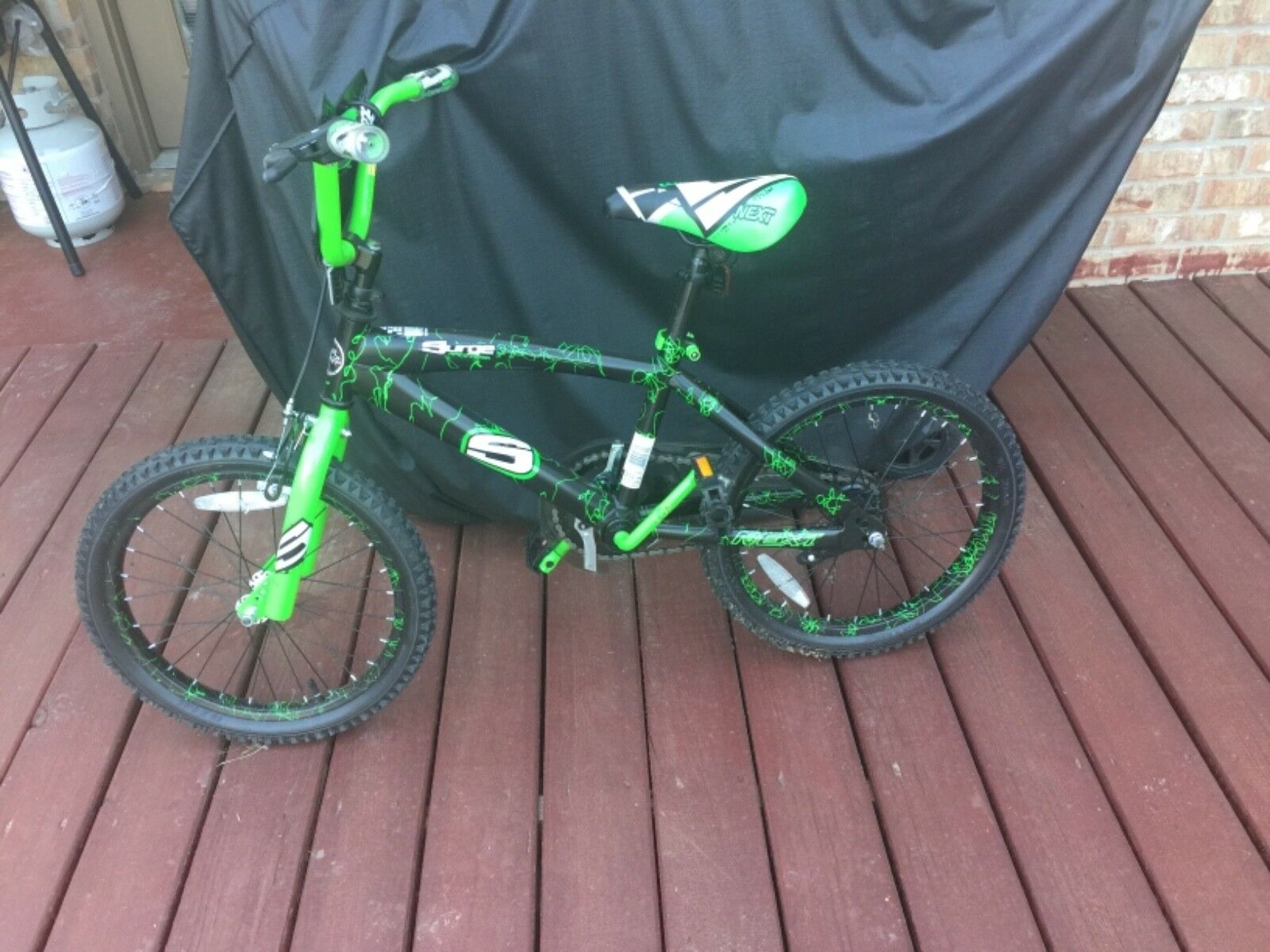 Kids Surge Race Team Bike - Size 18 - Green - Used - B Surge
