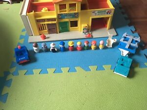 Village fisher price vintage