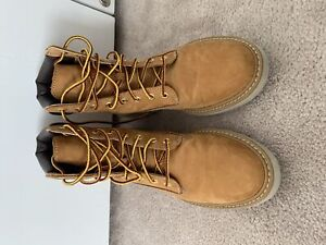 Women's Timberlands - Excellent condition - size 6