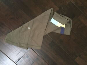Women's Lululemon crop pants