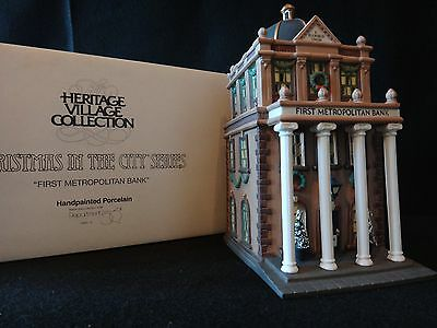 Dept 56 Christmas In The City  First Metropolitan Bank  Retired 1997