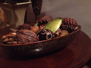 Decor bowl w accents