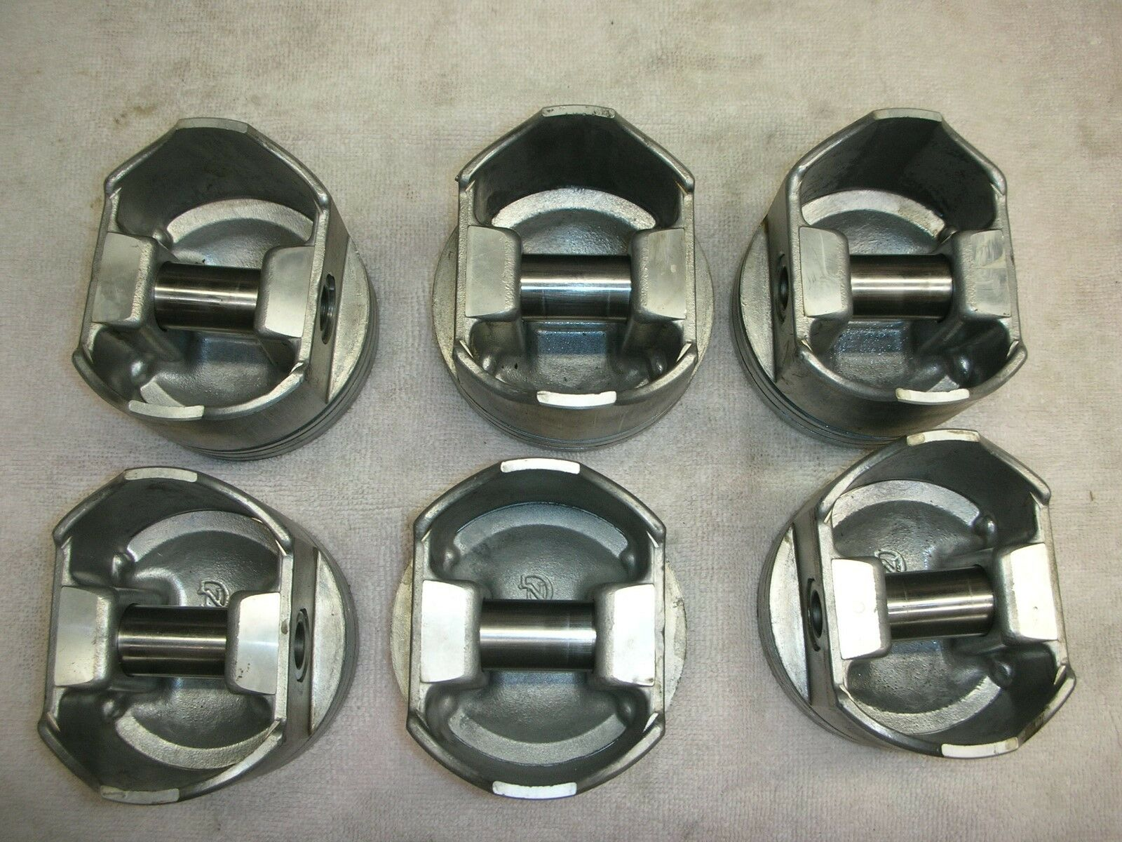 Corvair .060 FORGED PISTONS less than an hour running on them