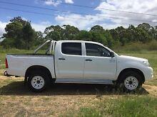 Toyota Hilux SR White 4WD 21,999 AUD Mount Druitt Blacktown Area Preview