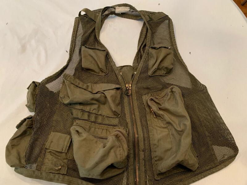 SRU 21P Survival Pilot Vest Gulf War Aramid Nomex Without Holster Coyote Color