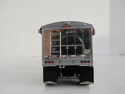 DCP 1/64 SCALE WILSON GRAIN TRAILER BLACK WITH PINK TARP AND SILVER HOPPERS 2
