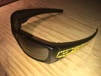 c4bae4f833 Oakley Fuel Cell Livestrong Edition - Rare