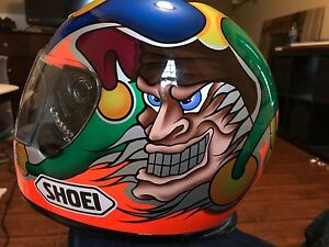 Shoei Troy lee design