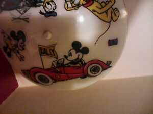 Disney ceiling light fixture/Disney planfonnier