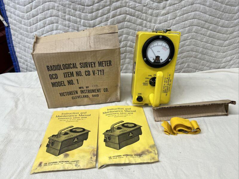VICTOREEN INSTRUMENT CDV-717 MODEL 1 CIVIL DEFENSE RADIATION DETECTOR (43078)