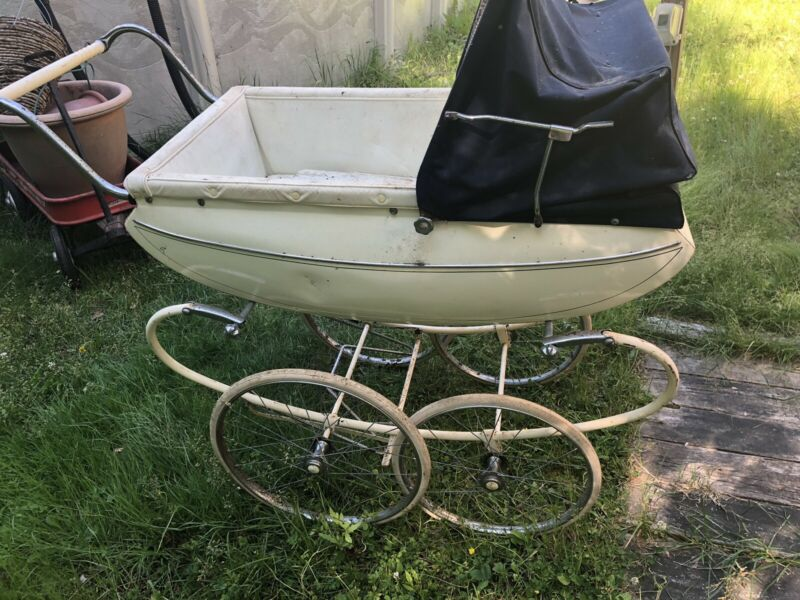 Vintage Pedigree Pram Baby Stroller Buggy Carriage circa 1960s