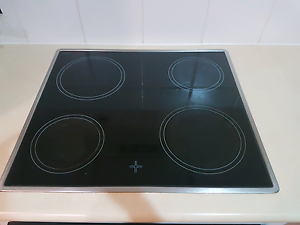 Electric cooktop and oven Murarrie Brisbane South East Preview