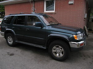 1996 Toyota 4Runner Limited SUV, Crossover