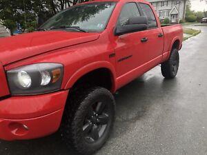 2007 Dodge Ram sport