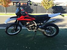 Husqvarna TE250 TE310 motorbike dirt bike Officer Cardinia Area Preview