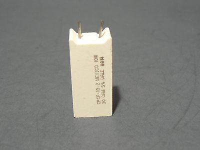 25 Pcs Vishay Dale Cpcp10 30 Ohm 10w 5 Wirewound Radial Mount Ceramic Resistor