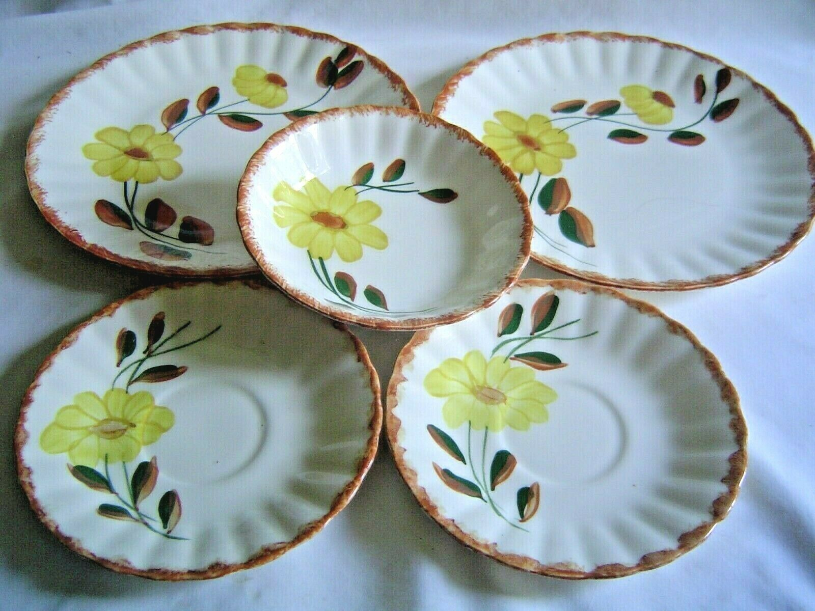 LOT OF 5 PIECES OF BLUE RIDGE SOUTHERN POTTERIES COUNTRY ROAD YELLOW DAISY