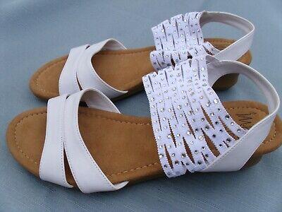 IMPO Stretch Grette White Size 9 Womens Sandals Glitter Strappy Elastic NEW