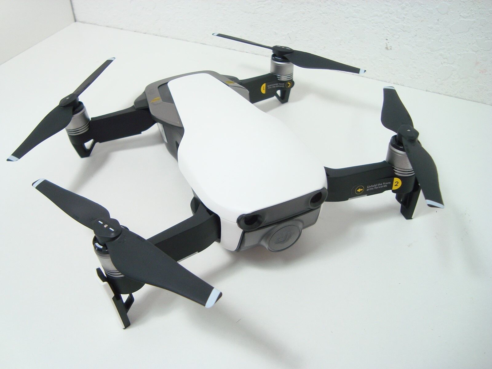 New DJI Mavic Air (White) Drone Only new replacement Props Camera ready to fly