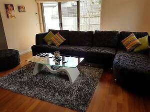 2 rooms in Boronia, one with en-suite in a 2 storey townhouse Boronia Knox Area Preview