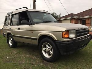 1998 Land Rover Discovery 4x4 V8 Auto Wagon 7 seater Thomastown Whittlesea Area Preview