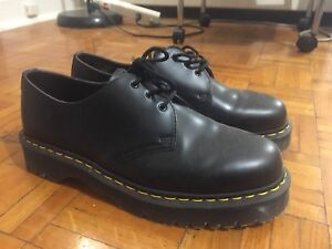 NEW DR MARTENS SIZE 10