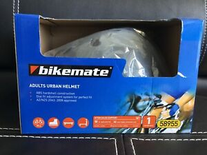 Sports/bike helmet