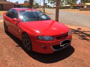 PRICE DROPPED $11,500 firm 2001 vx r8 HSV Clubsport 5.7 series 2 auto