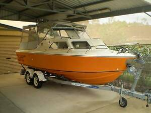 Haines Hunter 19C Cooloola Cove Gympie Area Preview