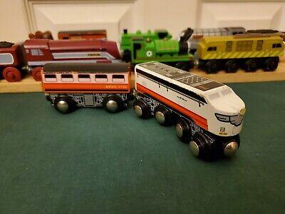 Toys R Us Imaginarium Wooden Diesel Express Train WORKS WITH THOMAS GUC READ DSC