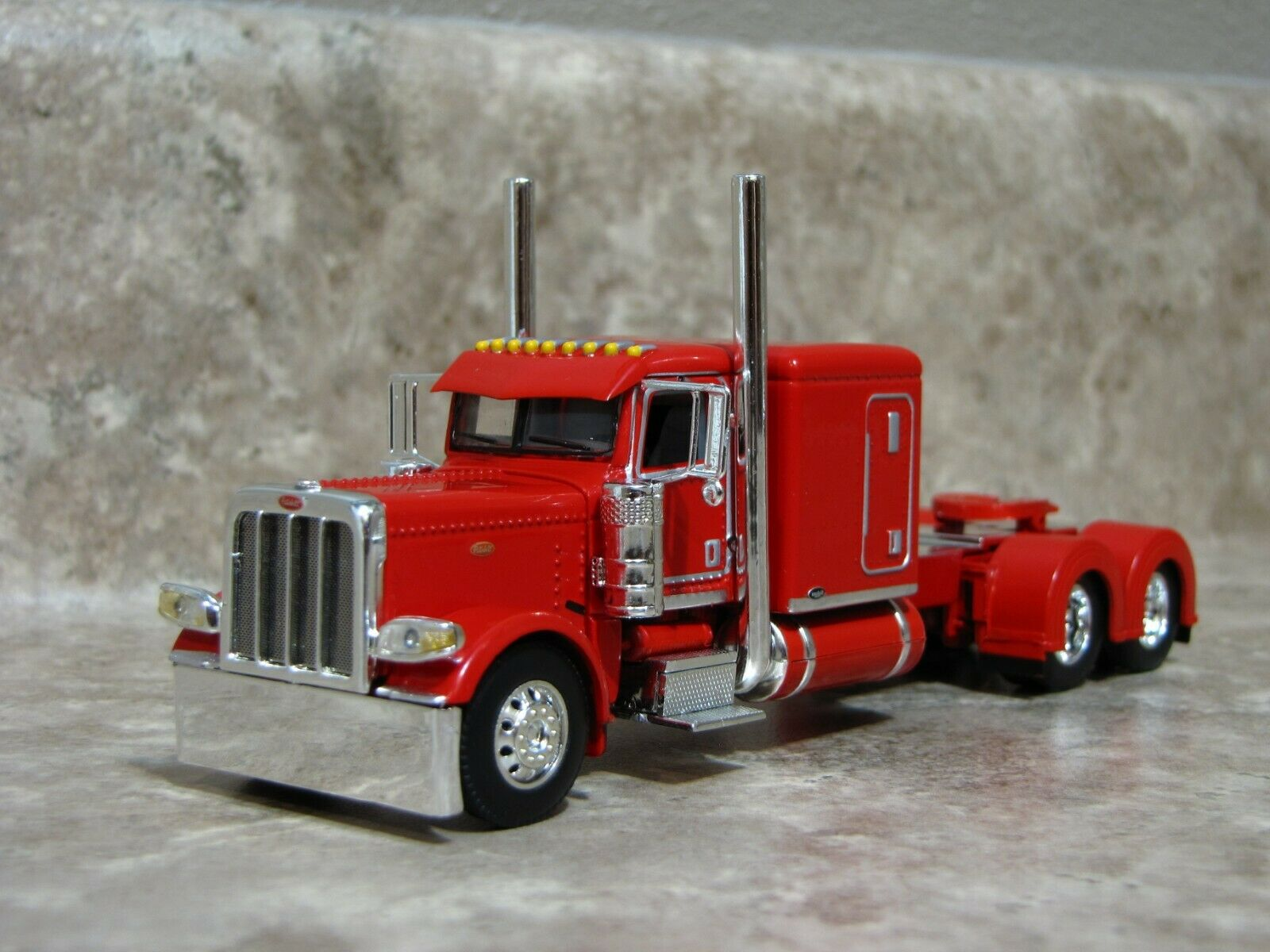 DCP 1/64 Red Flattop Peterbilt 389 Semi Truck Farm Toy