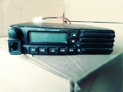 Vertex Vx 7200 P25 Uhf Radio