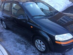 2004 chev aveo (safetied and etested)