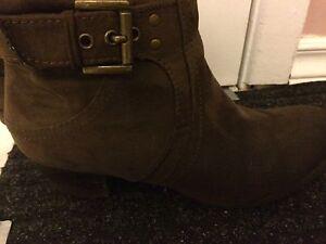 Women boots Cambridge Kitchener Area image 2