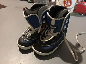 Snowboard boots size 7 women
